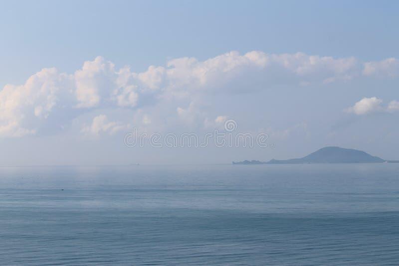 Небо и море в дне временени стоковое изображение