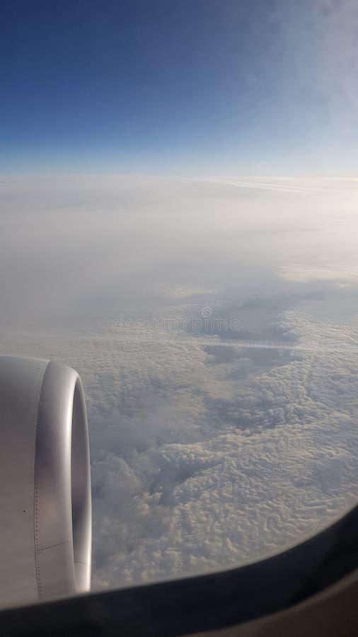 Небо мухы голодает праздник стоковое изображение rf