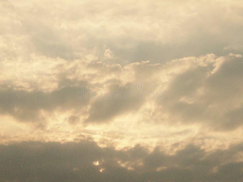 Небо облака искусства светом рая стоковая фотография rf