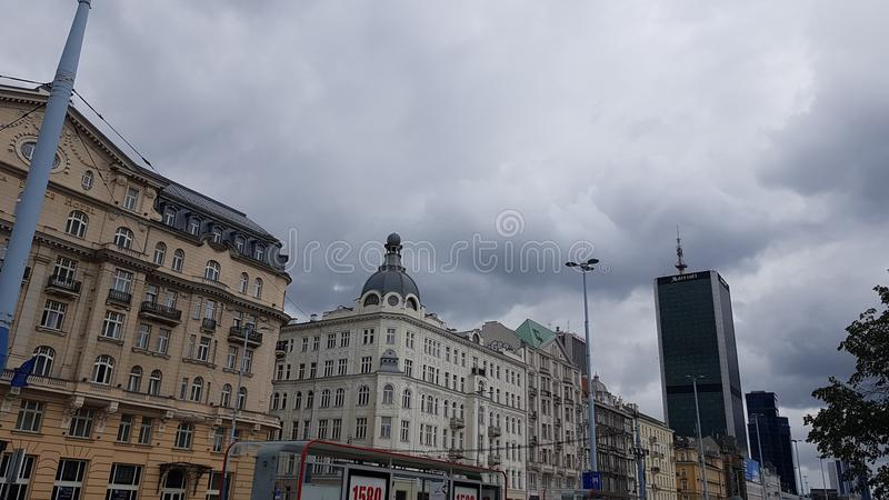 Небо Warsaws перед дождем стоковое фото rf