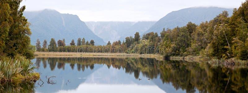 небо zealand пасмурного matheson озера новое стоковая фотография