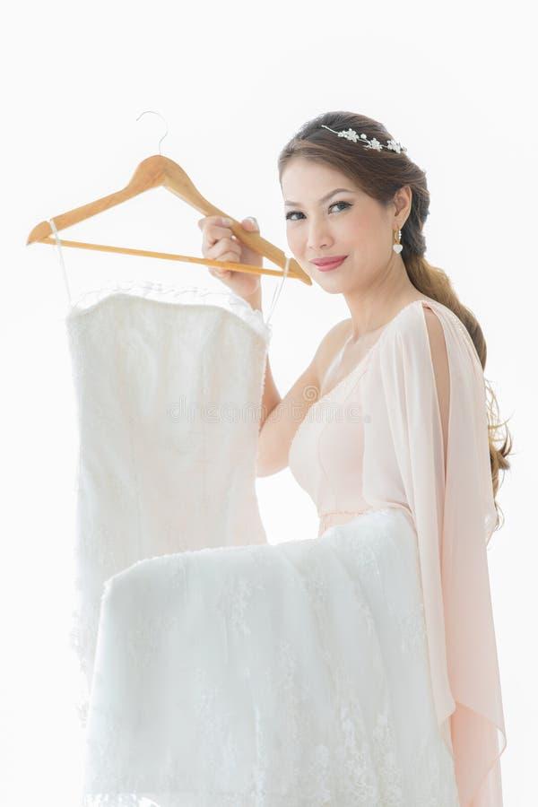 Невеста и платье weddign стоковые изображения rf