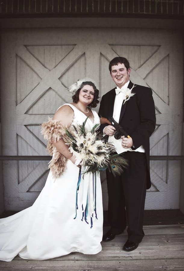 Невеста и groom сбора винограда стоковые фотографии rf