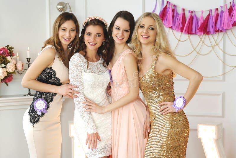 Невеста команды стоковое изображение rf