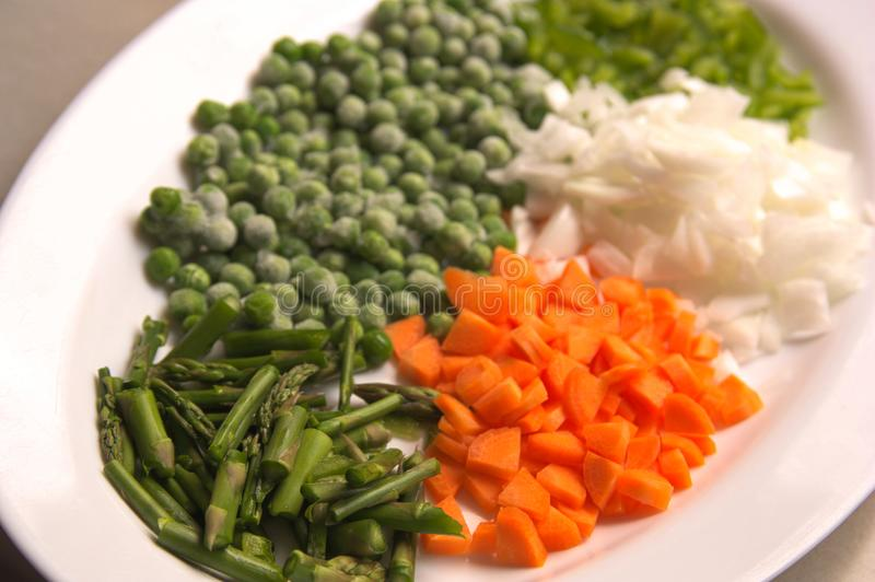Некоторые прерванные овощи для варить стоковые фотографии rf