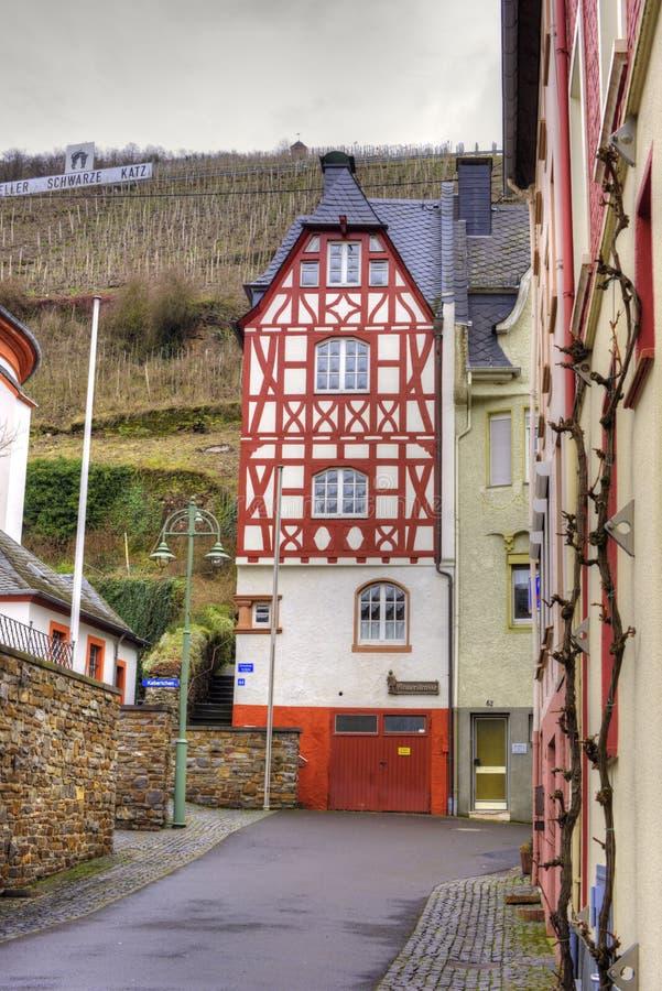 Немецкая половина timbered дом в Zell стоковые фото
