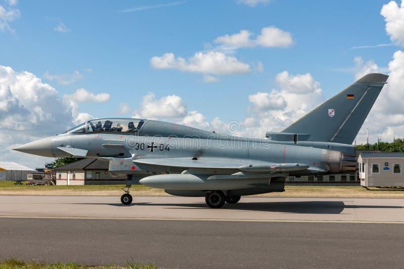 Немецкие воздушные судн реактивного истребителя тайфуна Luftwaffe Eurofighter EF-2000 военновоздушной силы стоковые изображения rf