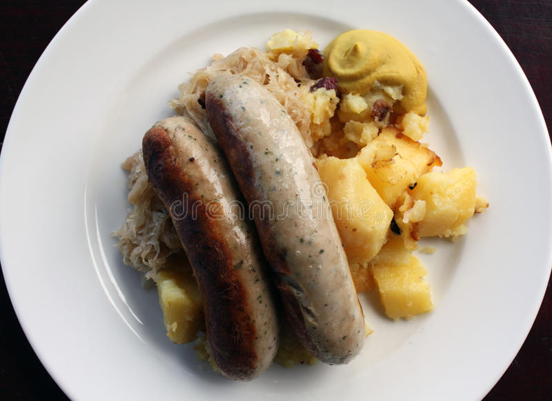 немецкие сосиски стоковые фотографии rf