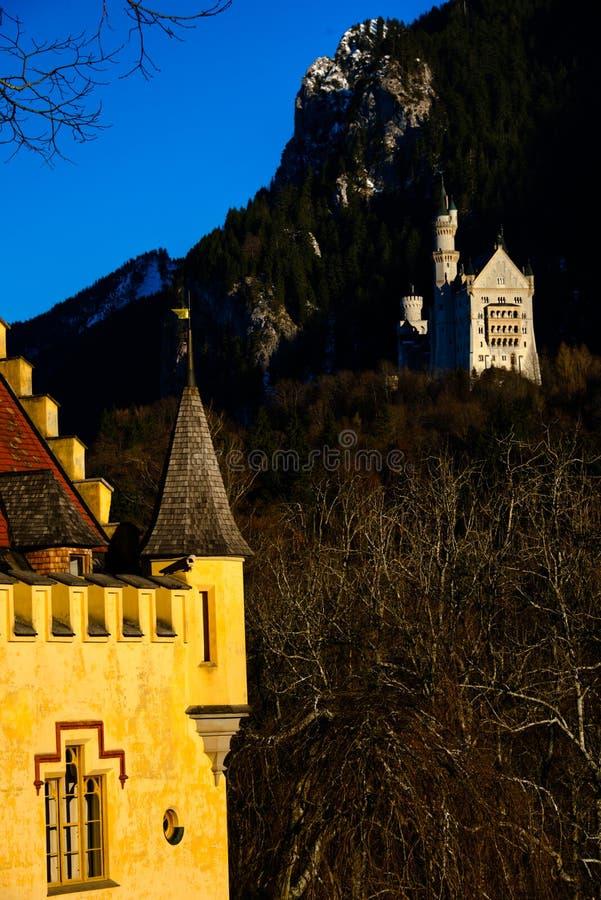 2 немецких известного замка всему миру arround стоковое изображение
