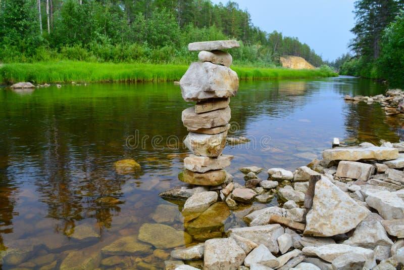 Немногое каменная башня стоковые изображения