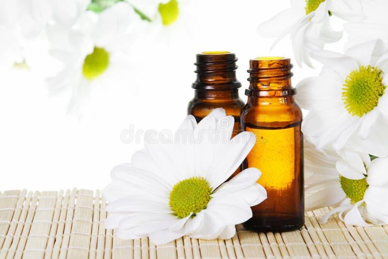 необходимое масло цветков стоковые фото