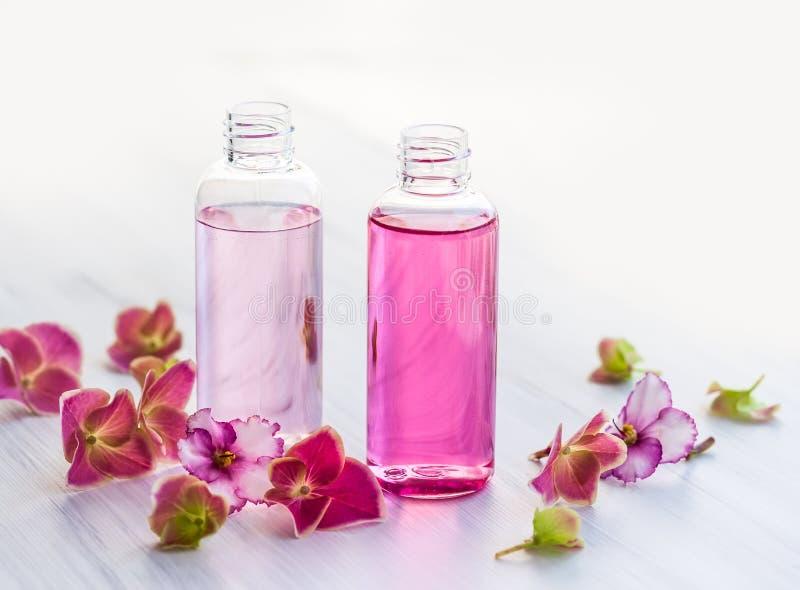 Необходимые ароматичные масла стоковые фотографии rf