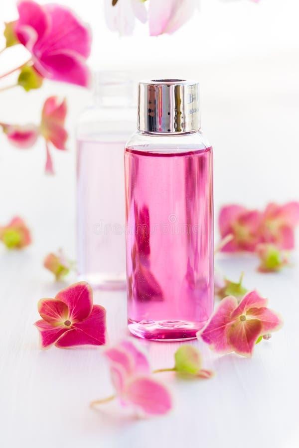 Необходимые ароматичные масла стоковое изображение rf
