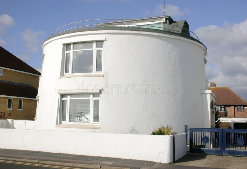 Download необыкновенное дома круглое Стоковое Фото - изображение насчитывающей реально, coast: 85962