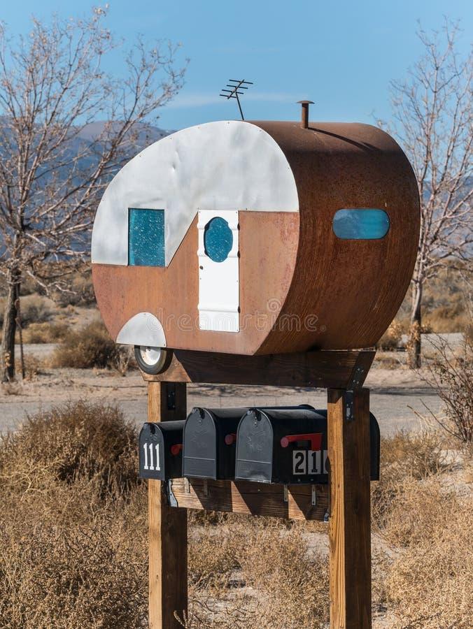 Необыкновенный почтовый ящик стоковые изображения rf