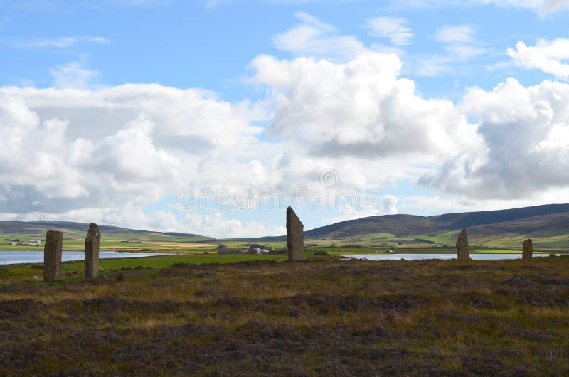 Неолитическое кольцо Brodgar в острове острова материка, архипелага оркнейских остров, Шотландии стоковая фотография