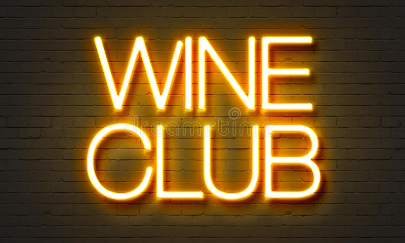 Неоновая вывеска клуба вина на предпосылке кирпичной стены стоковые изображения rf