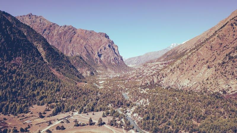 Непал - верхнее Pisang стоковые изображения