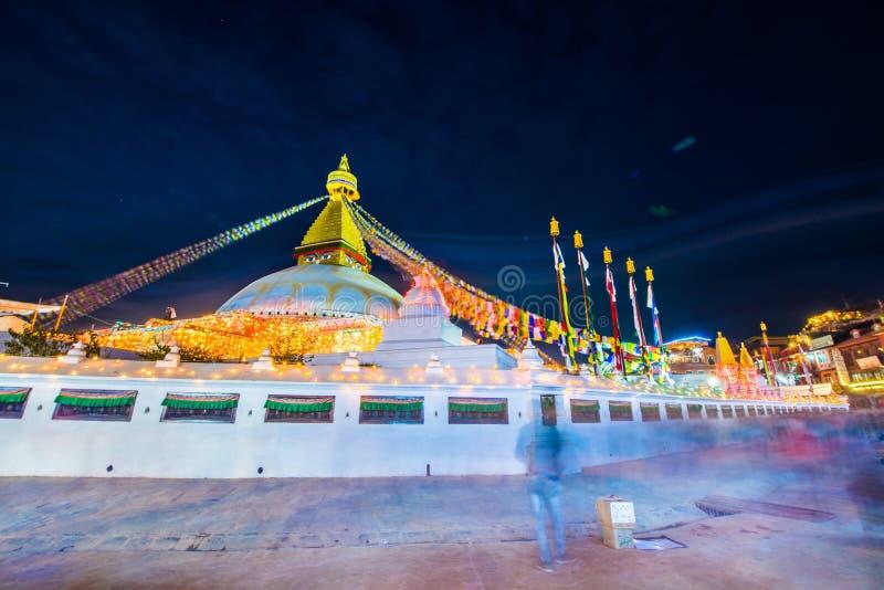 Непал - 23-ье декабря 2016:: Премудрость наблюдает на stupa Boudhanath стоковое фото