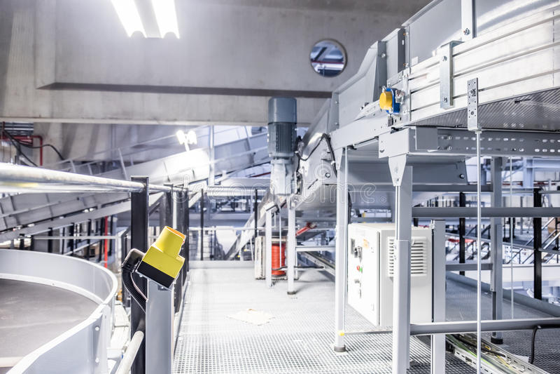 Непредвиденная кнопка в промышленном предприятии стоковое изображение rf