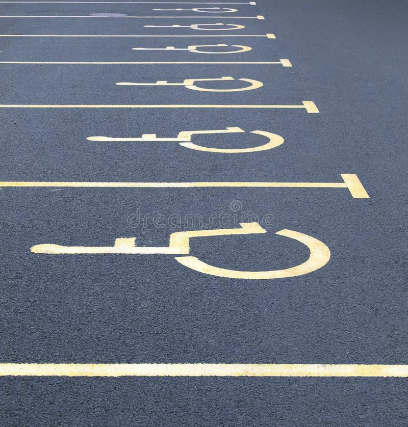 Неработающие парковки автомобиля стоковые фото