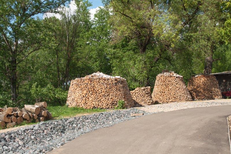 Нескольк круглый woodpile стоковое фото rf