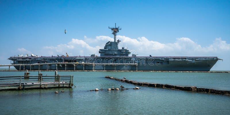Несущая военных самолетов USS Lexington стоковое фото rf