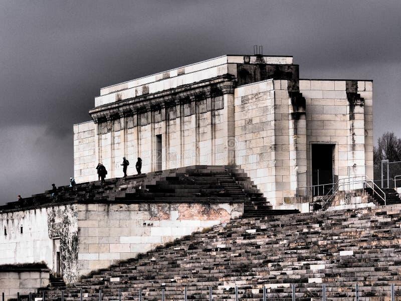 Несуществующая главная трибуна бывших земель ралли нацистской партии стоковое изображение