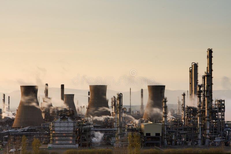 нефтеперерабатывающее предприятие grangemouth bp стоковое изображение