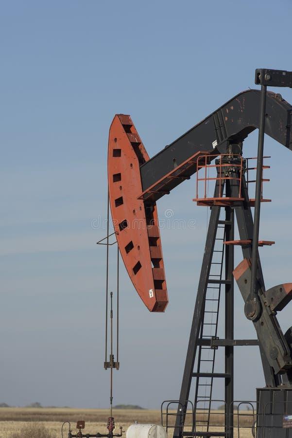 Нефтяная скважина Северной Дакоты стоковые фото