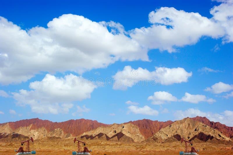 нефтяные скважины стоковые фотографии rf