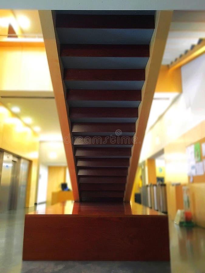 нигде лестницы к стоковые фотографии rf