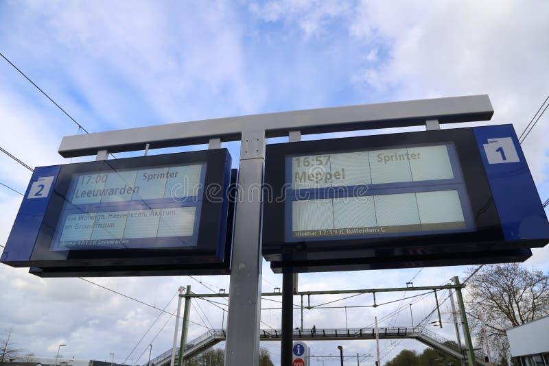 НИДЕРЛАНДЫ - 13-ое апреля: Станция Steenwijk в Steenwijk, Нидерландах 13-ого апреля 2017 стоковое изображение rf