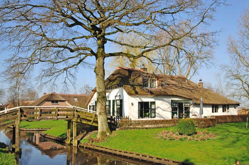 Нидерланды ijsselmeer giethoorn стоковая фотография rf