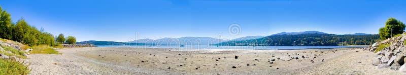 низкий панорамный прилив стоковая фотография