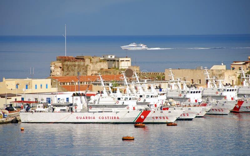 низкопробная итальянка службы береговой охраны стоковое изображение rf