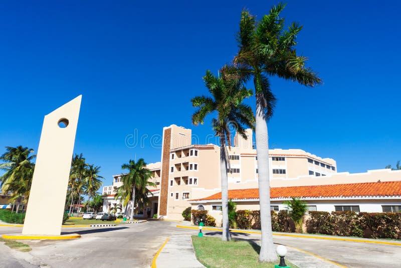 Гостиница с пальмой стоковое фото rf