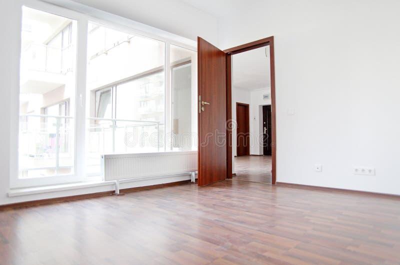 новая квартиры пустая стоковое изображение rf