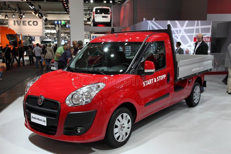 Новая работа Fiat Doblo вверх стоковая фотография rf