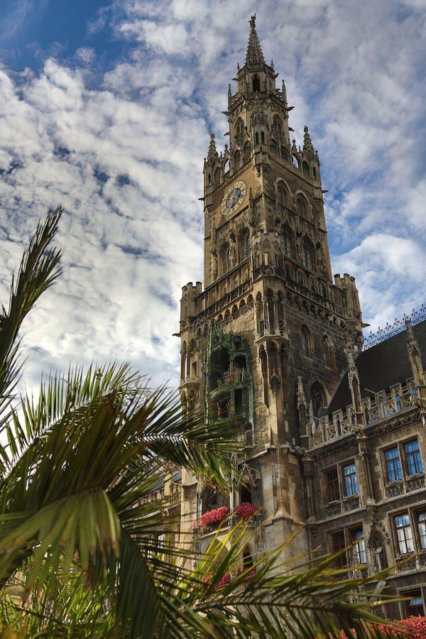 Новая ратуша - Marienplatz - Мюнхен - Германия стоковое фото rf