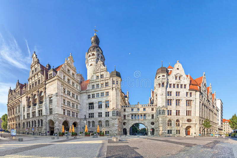 Новая ратуша Neues Rathaus в Лейпциге стоковое фото rf