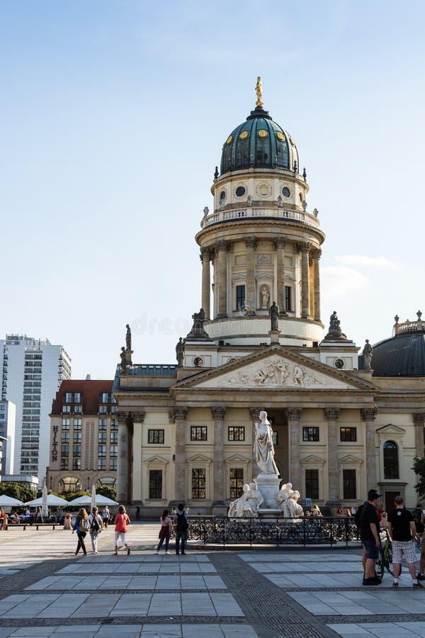 Новая церковь в Берлине стоковые фотографии rf