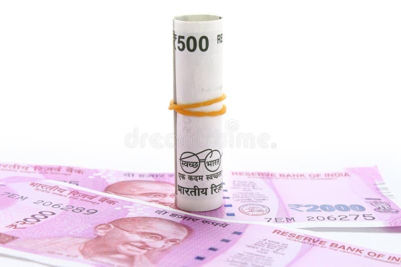 Новые примечания 500 и 1000 rs стоковые фотографии rf
