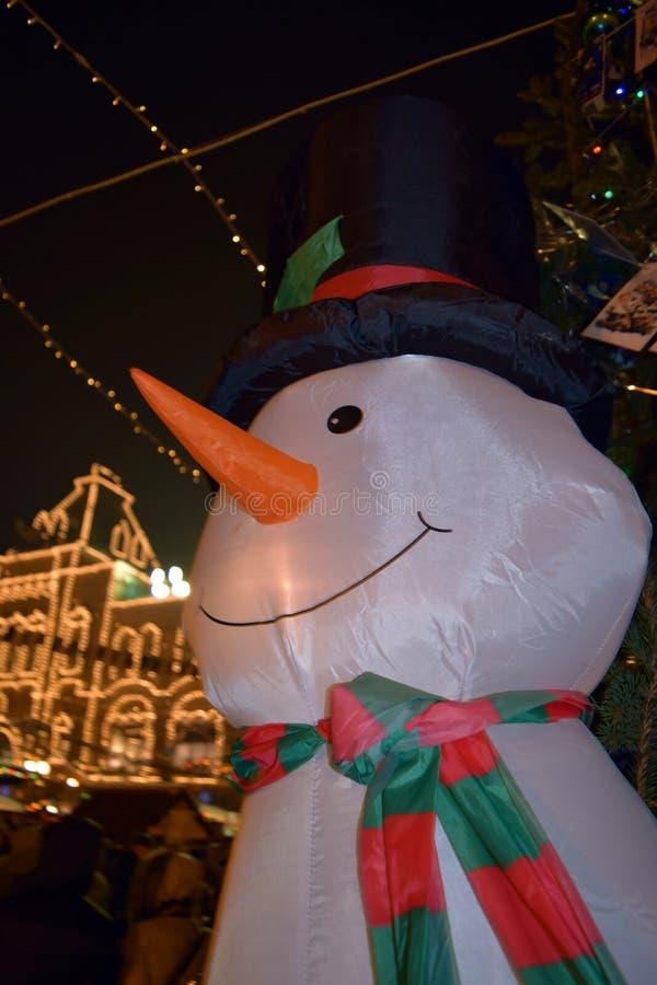 Новый Год Москва и снеговик стоковая фотография