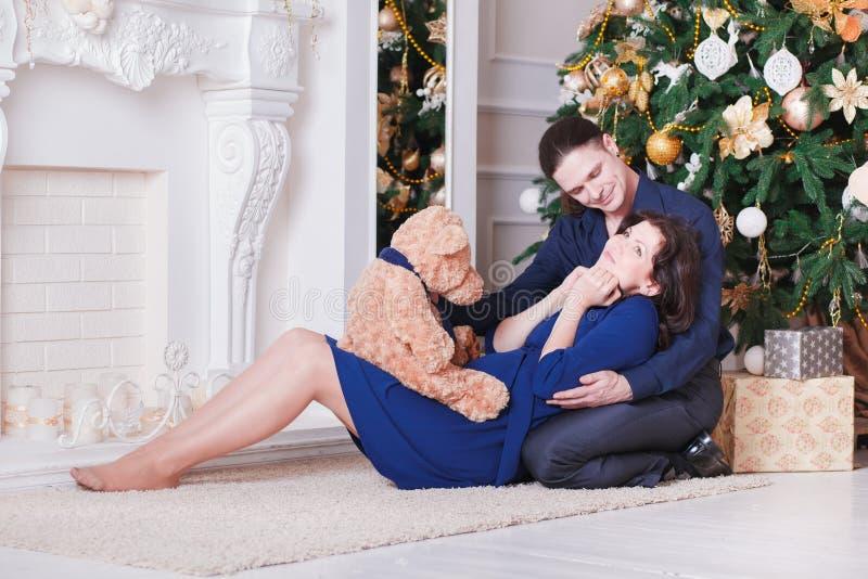 Новый Год человека и женщины стоковое фото rf