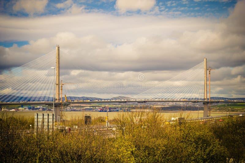 Новый мост вызвал скрещивание Queensferry, Шотландию, Великобританию стоковые изображения rf