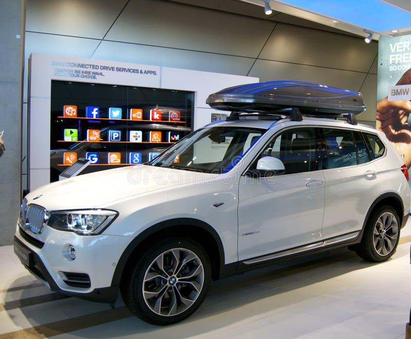 Новый режим BMW SUV стоковое фото rf