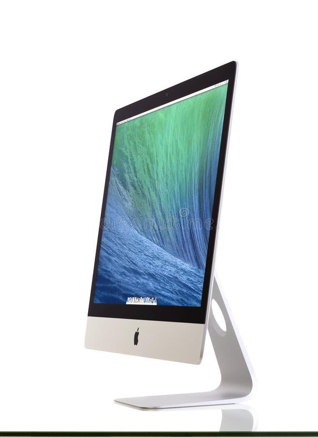 Новый iMac 27 с мэйвриками OS x стоковое фото