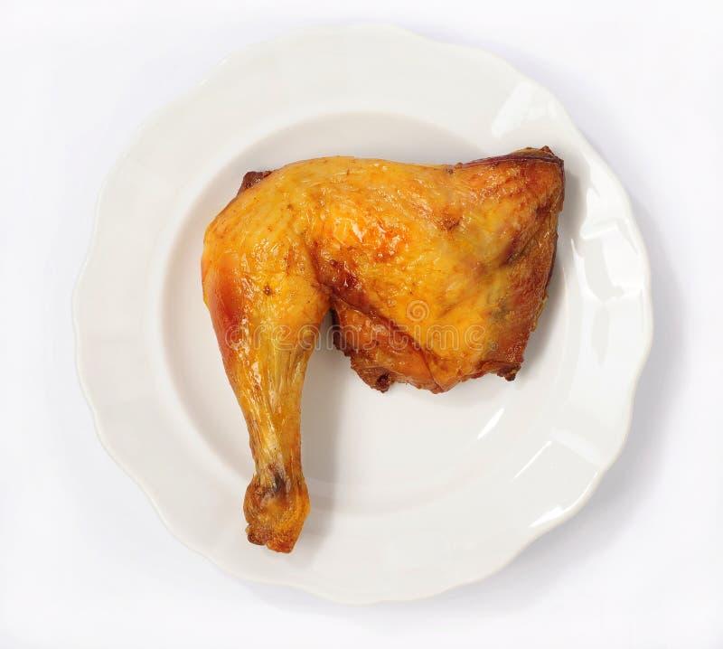 Нога цыпленка на плите стоковые изображения rf