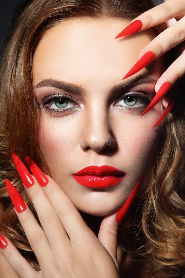 Ногти шпилек стоковые фото